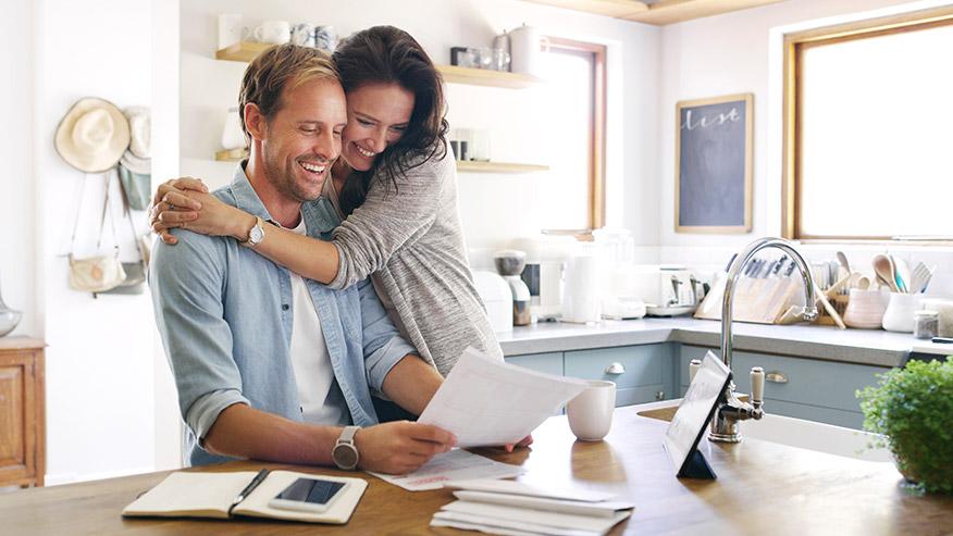 Foster financial wellness with SAFE webinars